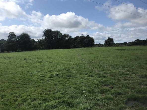 80 acres Aghern, Conna, Co. Cork Nicholas Dwane Auctioneer & valuer