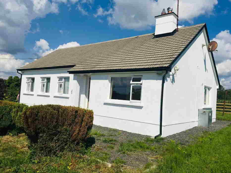 On the Market from Property Partners Earley: A Prime Residential Farm with Bungalow Residence & Comprehensive Farm Yard with 12 Entitlements (€3,850 approx.)
